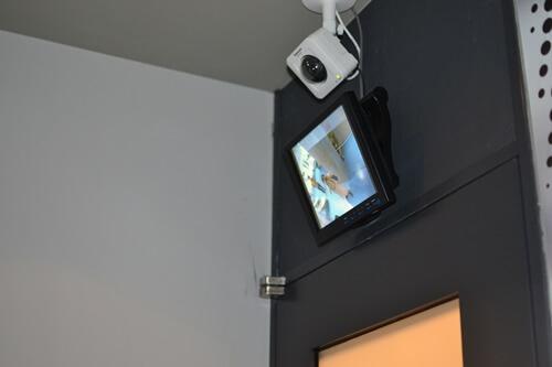 CALENDARホテル 防犯カメラ